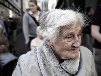 Старческое слабоумие. Как помочь родным