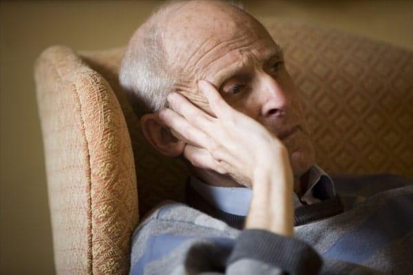 размещение пожилого человека с деменцией