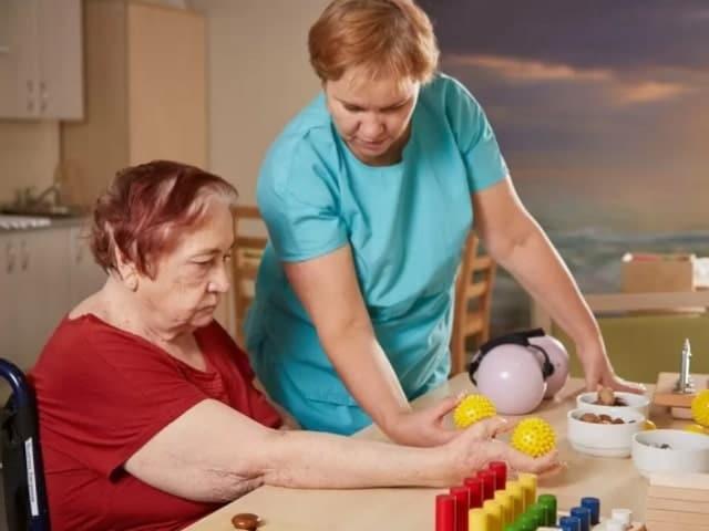 Уход за парализованными больными после инсульта дома